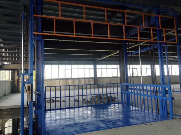 导轨升降机在滨州验收完成